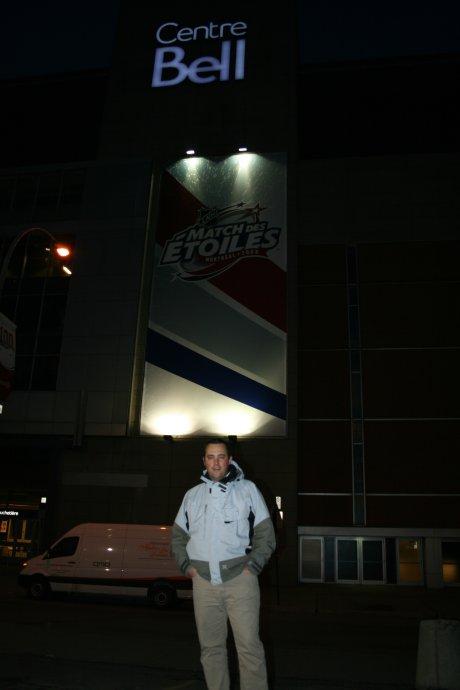 Alex devant centre Bell